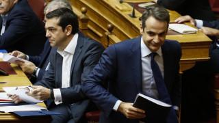 Στα άκρα η κόντρα: «Θρασύδειλος» ο Μητσοτάκης, τονίζουν κυβερνητικές πηγές