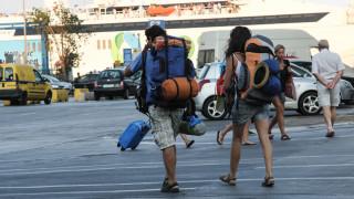 Από ρεκόρ σε ρεκόρ ο τουρισμός στην Ελλάδα (infographic)