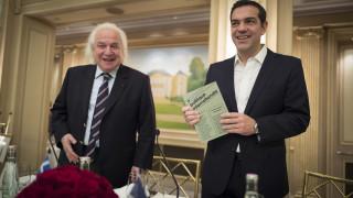 Ο πρόεδρος του Δικηγορικού Συλλόγου του Παρισιού έπλεξε το εγκώμιο του Τσίπρα