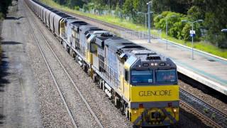 Αυστραλία: Γυναίκα γλιτώνει «παρά τρίχα» από διερχόμενο τρένο (vid)