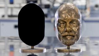 Vantablack: Το πιο μαύρο... μαύρο φέρνει επανάσταση σε επιστήμη και τέχνες