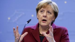 Μέρκελ: Δεσμευμένη με την Ε.Ε. η γερμανική κυβέρνηση