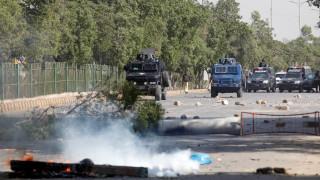 Πακιστάν: Η κυβέρνηση καλεί τον στρατό για να διασφαλίσει την τάξη στο Ισλαμαμπάντ (pics)