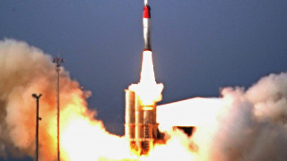 Το Ιράν εκτόξευσε δοκιμαστικά πύραυλο κατά πλοίων στα στενά του Ορμούζ