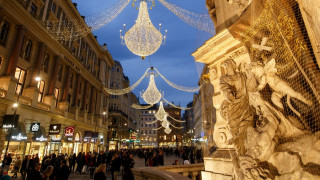Σε ρυθμούς Χριστουγέννων η Ευρώπη
