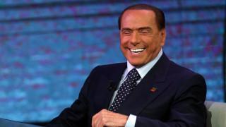 Ιταλία: Κυβέρνηση 20 υπουργών σε περίπτωση νίκης της κεντροδεξιάς προτείνει ο Μπερλουσκόνι