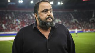 Ο Βαγγέλης Μαρινάκης απαντά σε στενό συνεργάτη του πρωθυπουργού