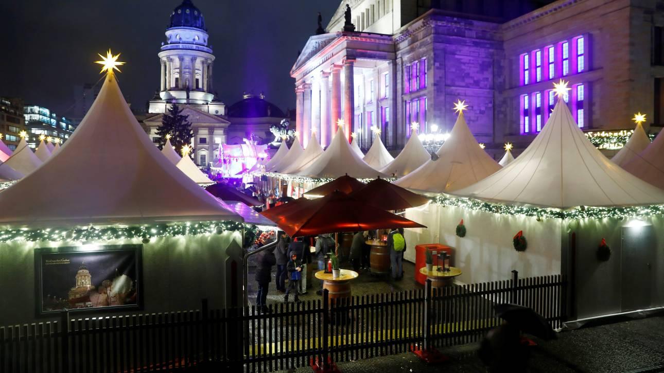 Υπό αυστηρά μέτρα ασφαλείας άνοιξε η χριστουγεννιάτικη αγορά του Βερολίνου  (pics) 286ba24a707