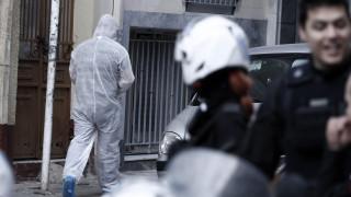Πυροκροτητές, αμμωνιοδυναμίτιδα και υλικά για βόμβες βρέθηκαν στις γιάφκες του Παγκρατίου