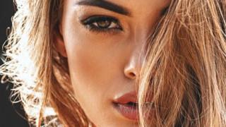 Μις Υφήλιος: η σκληροτράχηλη καλλονή Demi-Leigh Nel-Peters επιτίθεται στην κουλτούρα βιασμού