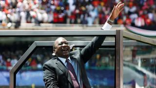 Ορκίστηκε πρόεδρος της Κένυα ο Ουχούρου Κενυάτα - Ένταση στους δρόμους του Ναϊρόμπι