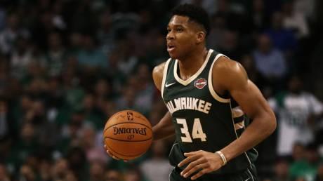 NBA: Άσταμάτητος στο Σακραμέντο ο Γιάννης Αντετοκούνμπο (vid)