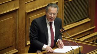 Κουμουτσάκος κατά Κοτζιά για τον Έλληνα πρέσβη στο Ριάντ