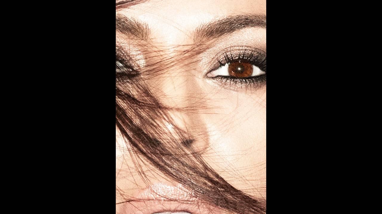 https://cdn.cnngreece.gr/media/news/2017/11/29/107645/photos/snapshot/Kim-Kardashian-Alure-October-2017-Cover-Photoshoot03.jpg