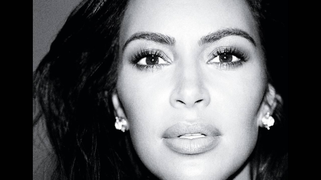 https://cdn.cnngreece.gr/media/news/2017/11/29/107645/photos/snapshot/Kim-Kardashian-Alure-October-2017-Cover-Photoshoot05.jpg