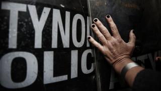 Ιωάννινα: Επεισόδια και συλλήψεις σε διαμαρτυρία απολυμένων εργαζόμενων (pics)