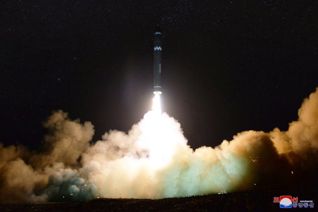 2017 11 29T224140Z 1960655580 RC126BE71230 RTRMADP 3 NORTHKOREA MISSILES