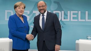 Συνάντηση Μέρκελ - Σουλτς για την άρση του πολιτικού αδιεξόδου