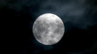 Σούπερ Σελήνη: Αντίστροφη μέτρηση για την πιο εντυπωσιακή πανσέληνο του 2017
