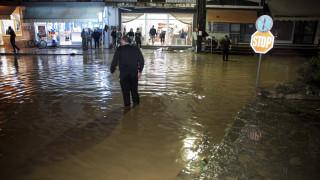 Στο έλεος της κακοκαιρίας η Δυτική Ελλάδα - Πλημμύρες και καταστροφές (pics&vid)
