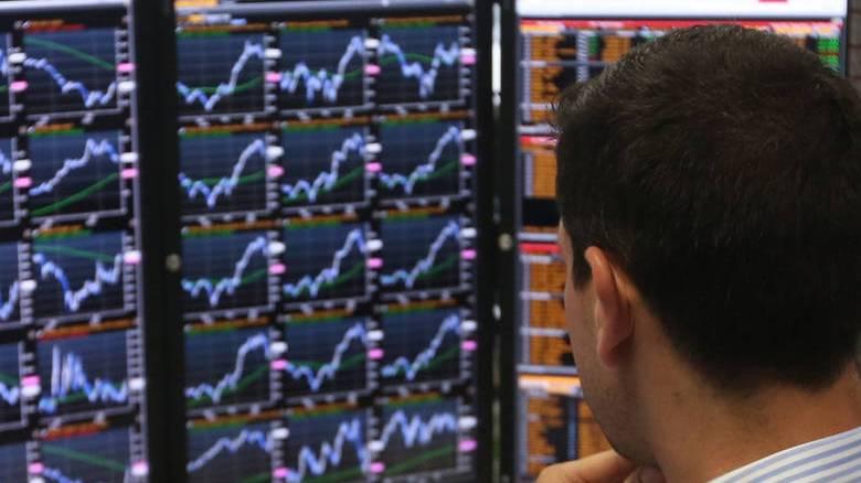 Μετά το swap, νέα έξοδος στις αγορές - Ορόσημο το Eurogroup του Ιανουαρίου