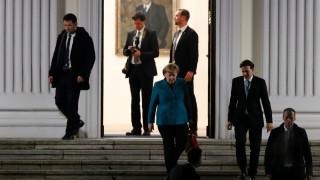 Μέρκελ: Δυνατή μία πρώτη συνάντηση με το SPD πριν τα Χριστούγεννα