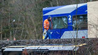 Σύγκρουση τρένων στη Γερμανία – Τουλάχιστον 50 τραυματίες
