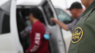 ΗΠΑ: Αύξηση στις συλλήψεις παράτυπων μεταναστών, αλλά μείωση των απελάσεων