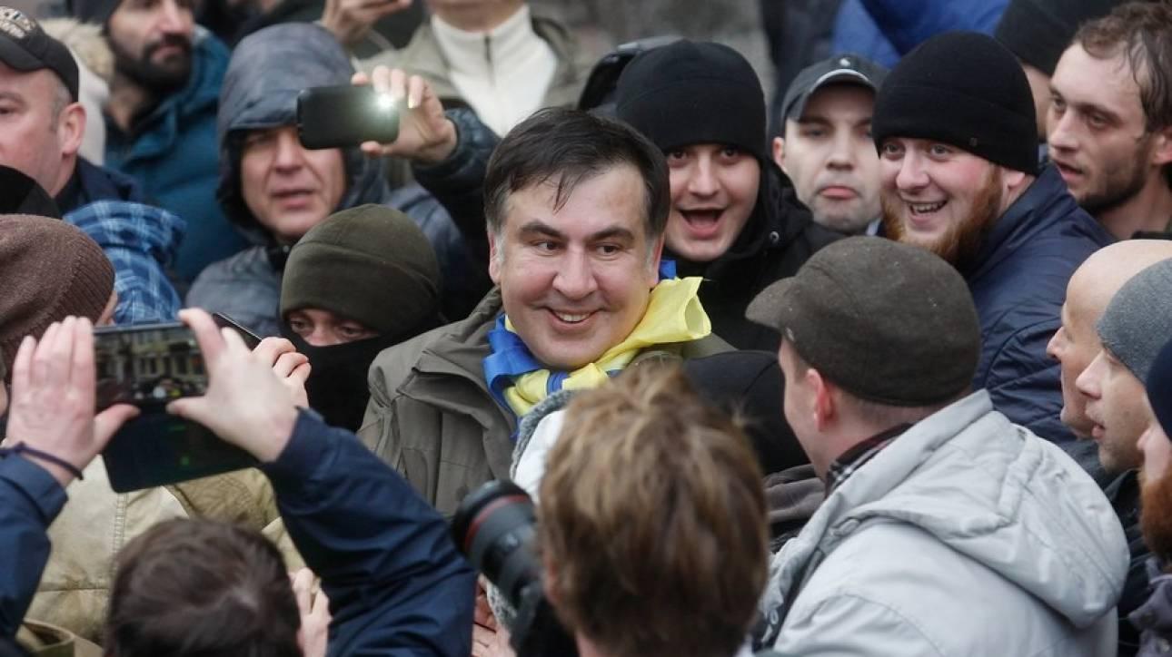 Ασύλληπτος παραμένει ο Μιχαήλ Σαακασβίλι παρά τις προσπάθειες των ουκρανικών Αρχών