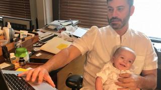 Jimmy Kimmel: γιορτάζει τη δεύτερη επιτυχημένη εγχείρηση του γιου του & απομακρύνεται από την οθόνη