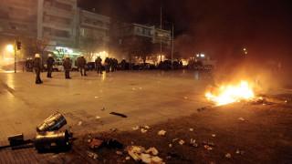 Θεσσαλονίκη: Ένταση και μολότοφ στην πορεία για τον Αλέξη Γρηγορόπουλο (vid)
