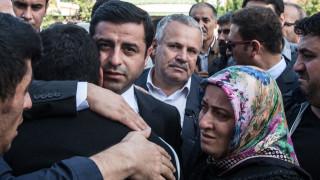 Τουρκία: Παραμένει στη φυλακή ο Ντεμιρτάς - Δεν παρέστη στη δίκη του