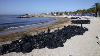 Ικανοποίηση στην κυβέρνηση για την απορρύπανση του Σαρωνικού
