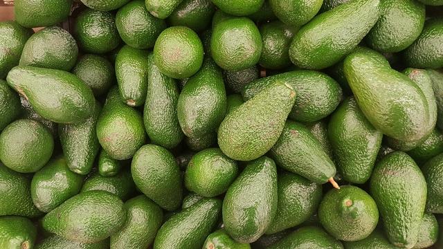 avocado 2351191 1280