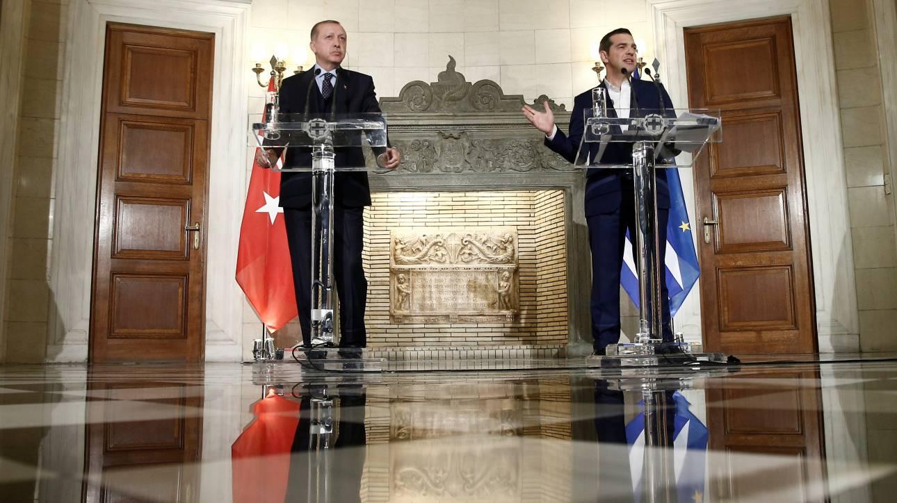 Επίσκεψη Ερντογάν: «Ο Πρόεδρος που γύρισε από το κρύο»