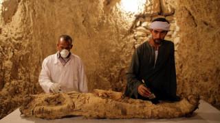 Αίγυπτος: Σπουδαία ανακάλυψη μούμιας στο Λούξορ (pics)