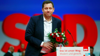 Γενικός γραμματέας SPD: Ξεκινάω αμέσως την προετοιμασία για πιθανό προεκλογικό αγώνα