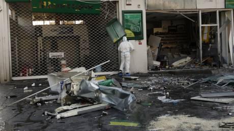 Έκρηξη σε πρατήριο: Βρέθηκε κρατήρας, την υπόθεση αναλαμβάνει το Τμήμα Δίωξης εκβιαστών