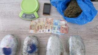 Σύλληψη 41χρονου με περισσότερα από 2,5 κιλά κάνναβης στο Αίγιο (pics)