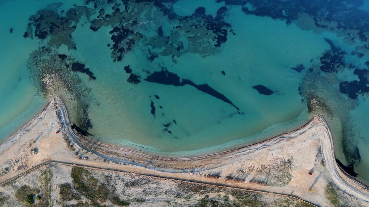 Εντυπωσιακές εικόνες από τις ανακαλύψεις των αρχαιολόγων στο αρχαίο λιμάνι στο Λέχαιο