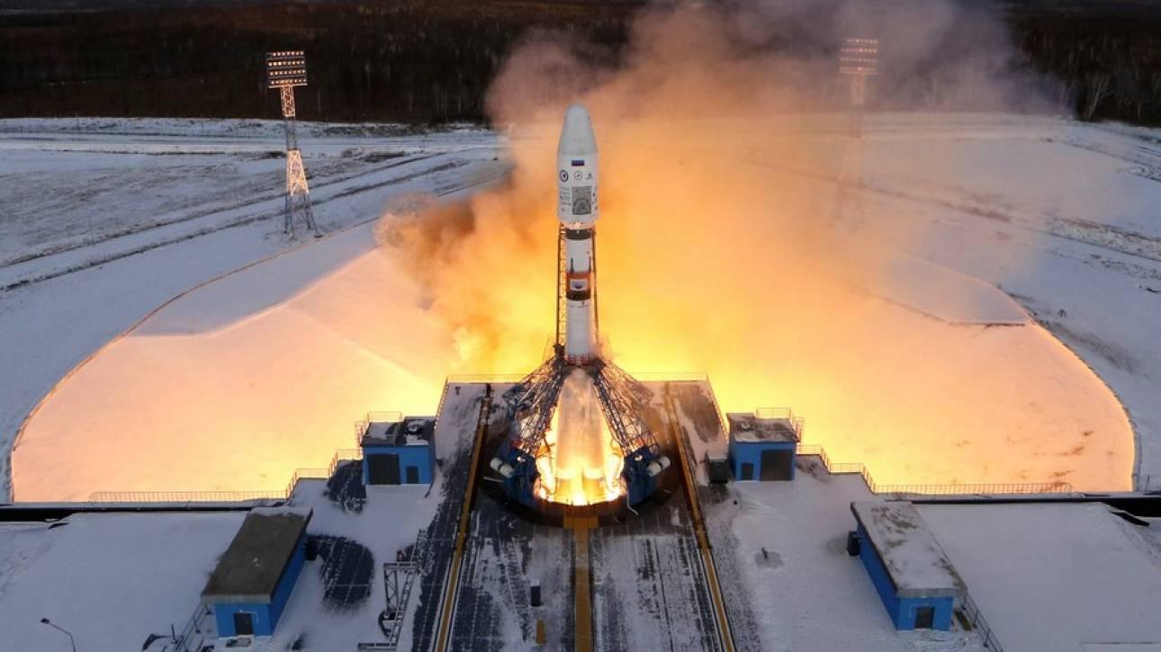 Ένα ζευγάρι Ρώσων στα... διαστημικά χνάρια του Έλον Μασκ