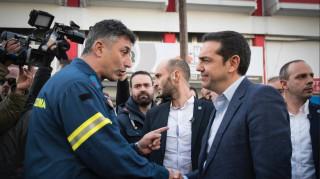Το «ευχαριστώ» των πυροσβεστών πενταετούς θητείας Θεσσαλονίκης στον Τσίπρα