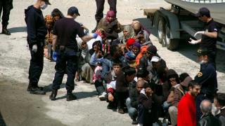 Φουσκωτό που μετέφερε δεκάδες μετανάστες βυθίστηκε στο Αιγαίο