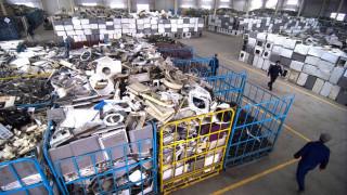 Τα ηλεκτρονικά απόβλητα το 2016 ζύγιζαν όσο 4.500 πύργοι του Άιφελ