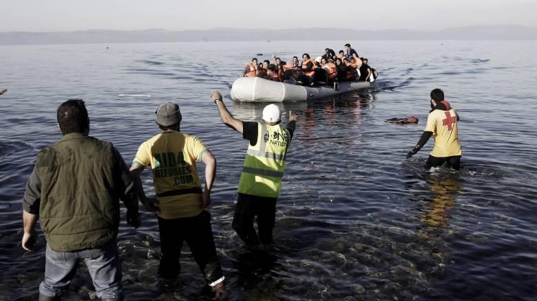 Πολιτικό άσυλο ζητούν 33 Τούρκοι που αποβιβάστηκαν στις Οινούσσες