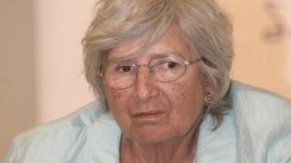 Πέθανε η στενή συνεργάτης του Α.Παπανδρέου και ιστορικό στέλεχος του ΠΑΣΟΚ, Αγγέλα Κοκκόλα