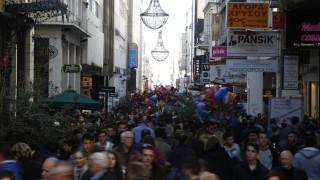 ΕΣΕΕ: Αυξημένος κατά 2% θα είναι ο Χριστουγεννιάτικος τζίρος