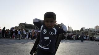 Συνολικά 344 πρόσφυγες και μετανάστες αποχώρησαν από την Μυτιλήνη για τον Πειραιά