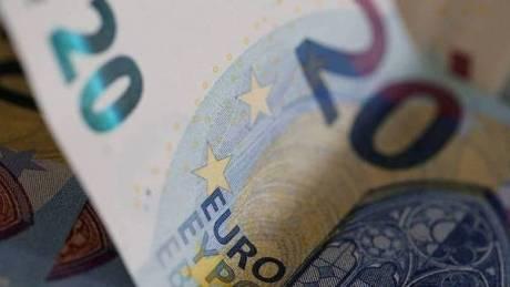 Στις 120 δόσεις του εξωδικαστικού συμβιβασμού επαγγελματίες και επιχειρήσεις με οφειλές στο Δημόσιο