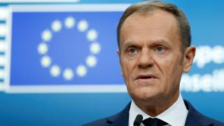Συγχαρητήρια Τουσκ σε Κουρτς - Προβληματισμός στις Βρυξέλλες για την ακροδεξιά κυβέρνηση